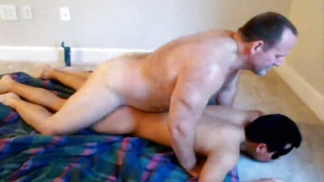 Caldo tatuaggio cagna video porno gratis da scaricare gratis anale