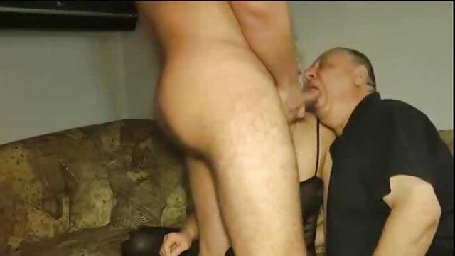 Il suo bambino occhi azzurri aveva scaricare video porno gratis audizioni per un film porno