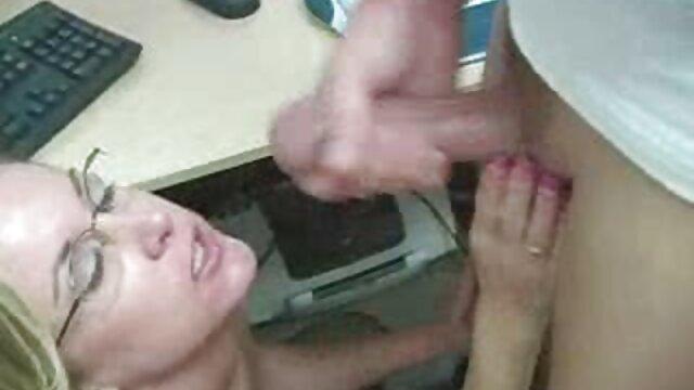 Bruna dai grossi seni porno da scaricare e creampie