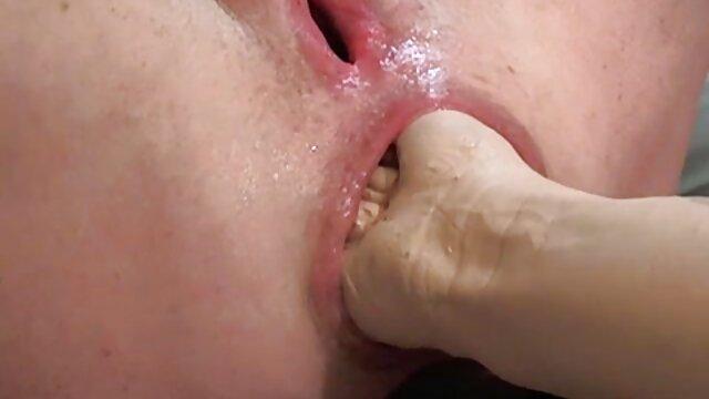 Ragazzo dito nel culo, ragazza, lei ama e video da scaricare gratis porno non impedisce