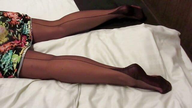 Video composito uno sperma peloso rosso succhiare tutto lo sperma fuori del cazzo e due di suo marito video xxx da scaricare e scopata forte